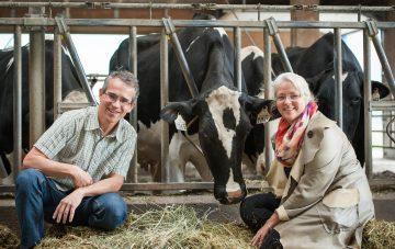 Professors Marina von Keyserlingk and Daniel Weary join Journal of Dairy Science Club 100